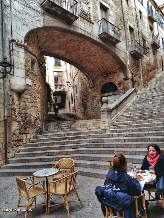 """where to eat - Great Wall of Catalonia in Girona"""
