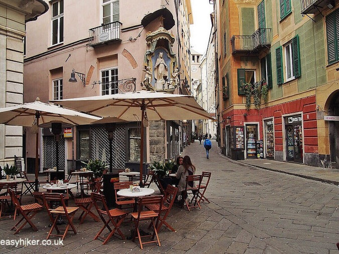 """charming corner in the old town of Savona - Surprise Package of the Italian Riviera"""