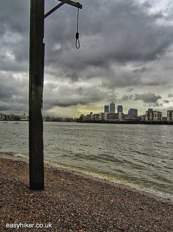 """hanging pole on a London walk not for the fainthearted"""