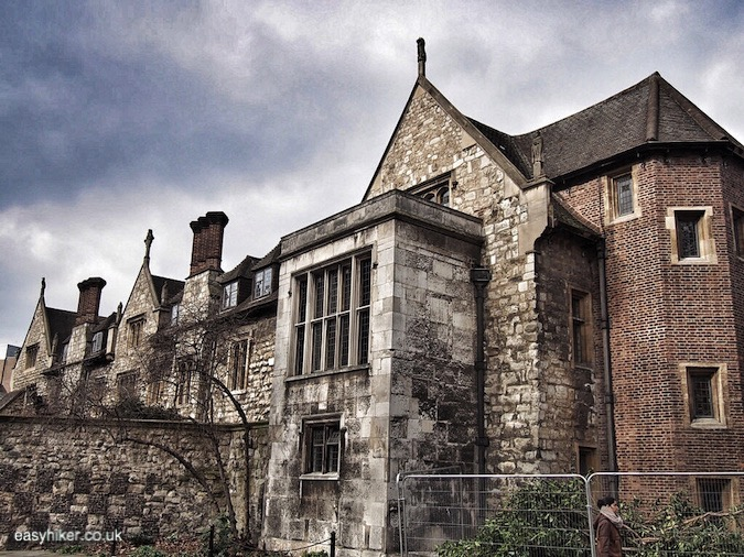 """old house in Charterhouse Square along haunted City of London"""