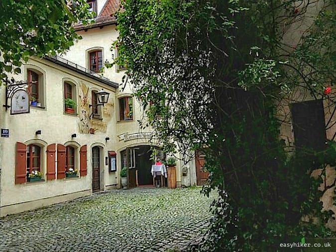 """intimate courtyard - Regensburg you got a heart of stone"""
