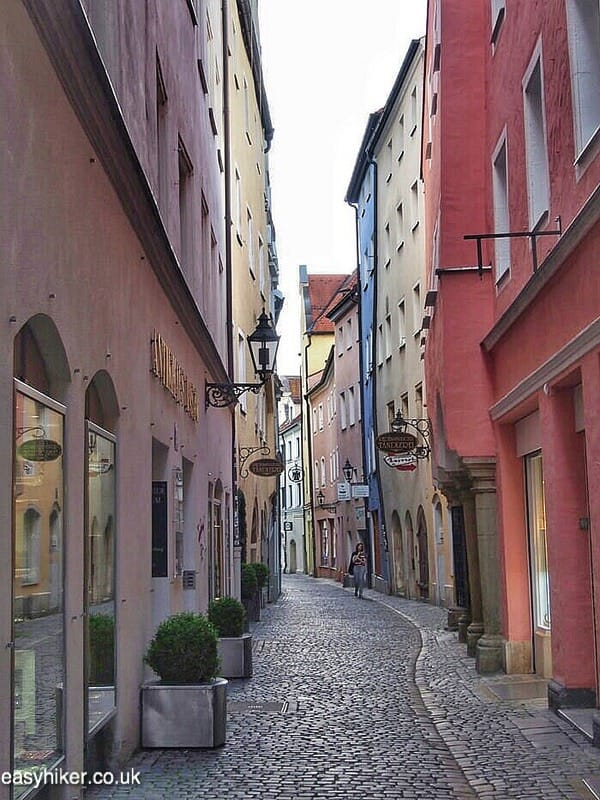 """shopping street - Regensburg you got a heart of stone"""