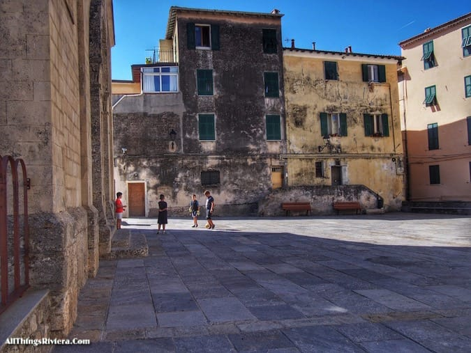"""""""italian piazza - Recommended Brief Visit to Italy"""""""