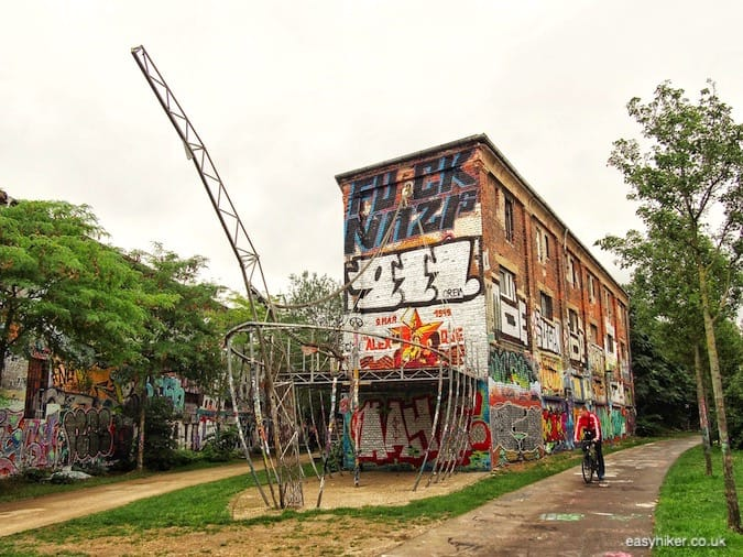 """graffiti galore in graffiti wonderland - How We Experienced Plagwitz"""